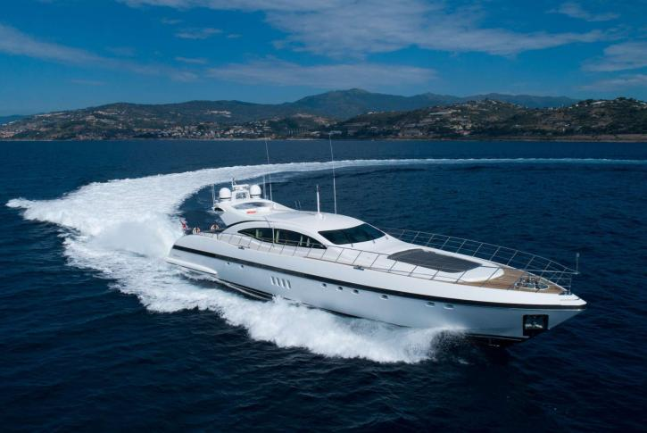 Yacht VEYRON sold by Ocean Independence