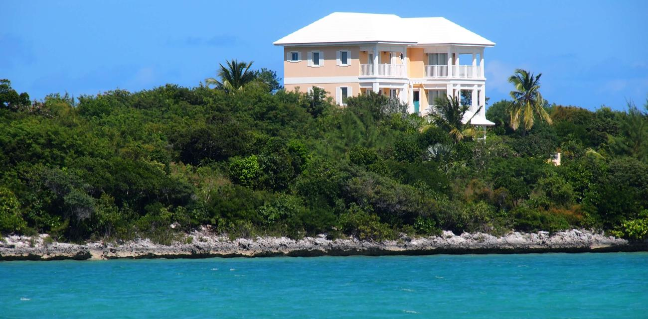 Luxurious private resorts in the Exumas