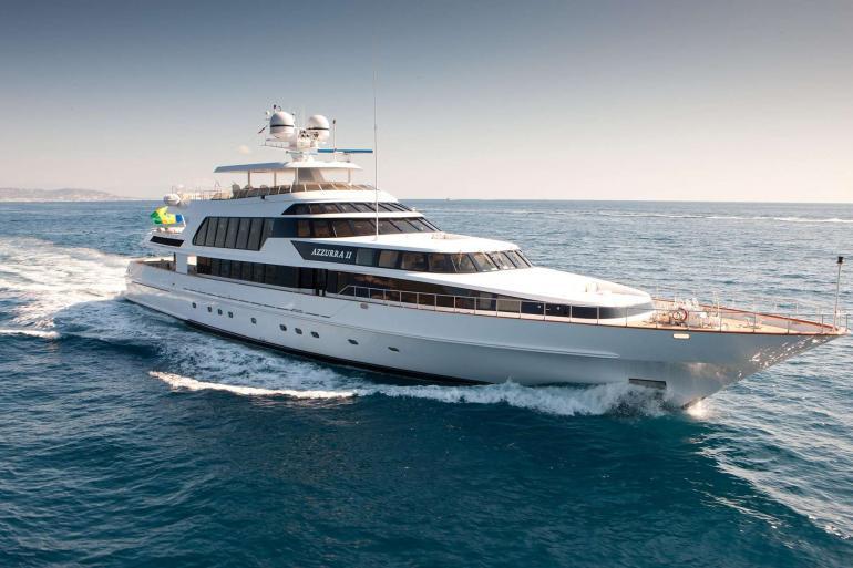 Yacht Azzurra II