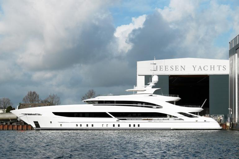 Project TRITON Heesen yacht for sale