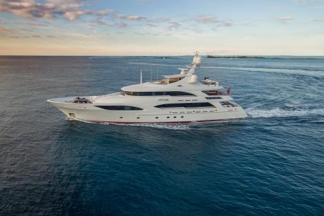 Motor Yacht Avalon