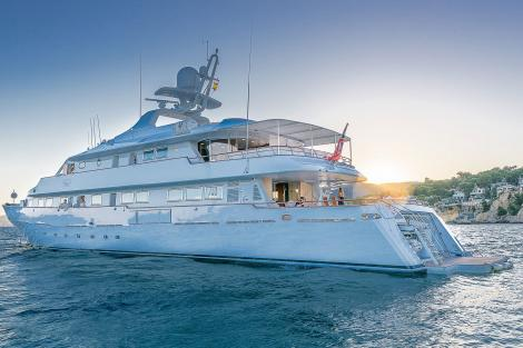 CD TWO motor yacht