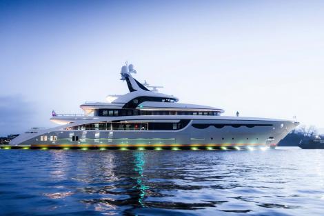 Abeking & Rasumussen superyacht SOARING at launch