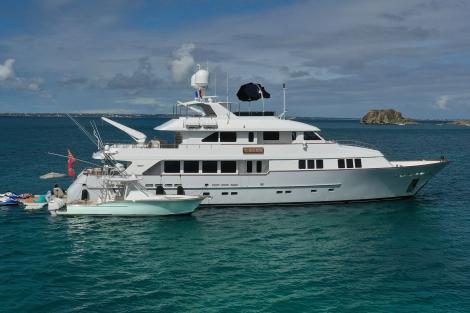 Bahamas yacht for charter T-Zero