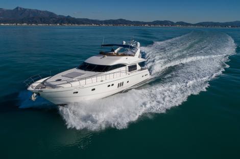 23m Princess motor yacht TEN