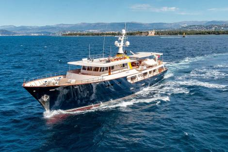 Arionas classic yacht for sale