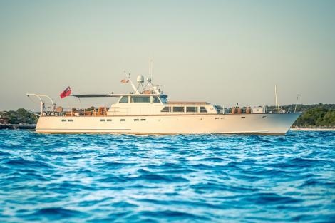 Motor yacht CIUTADELLA