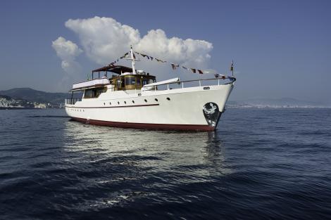 Classic yacht EMERALD
