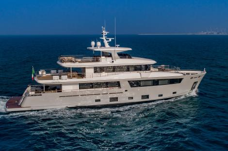 Motor yacht Mimi La Sardine