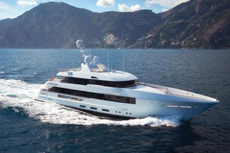 Feadship yacht MOON SAND sold
