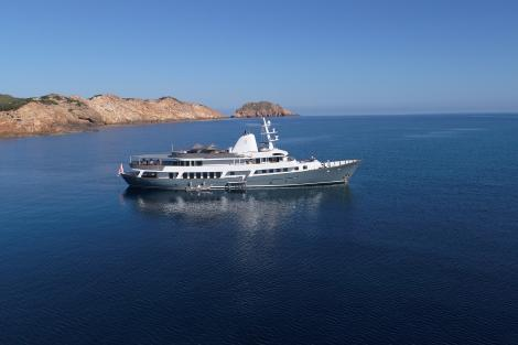 Motor yacht MENORCA