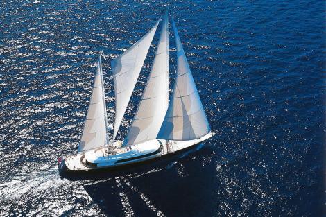 Sailing yacht PHRYNE