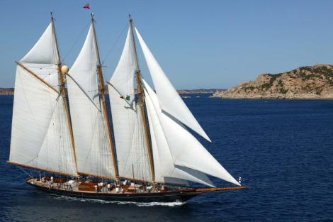 shenandoah of sark sailing yacht