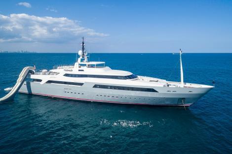 vicky motor yacht