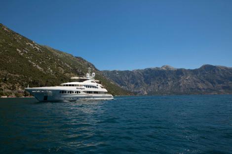 Heesen yacht Lady Petra