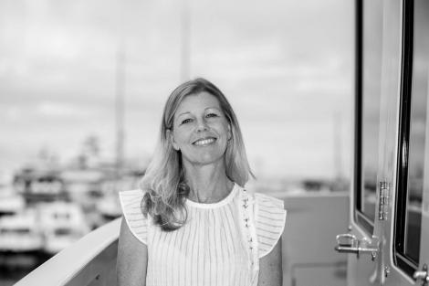 Daphne d'Offay charter manager