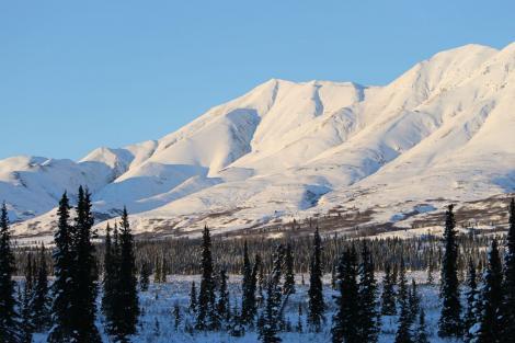 alaska image of mountains