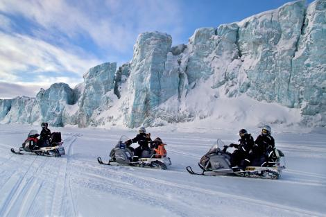 Pelorus snowmobile expedition