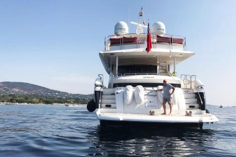 Excelerate Marine Yacht