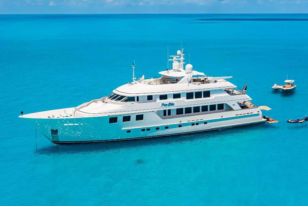 Motor Yacht PURE BLISS for charter Bahamas Caribbean